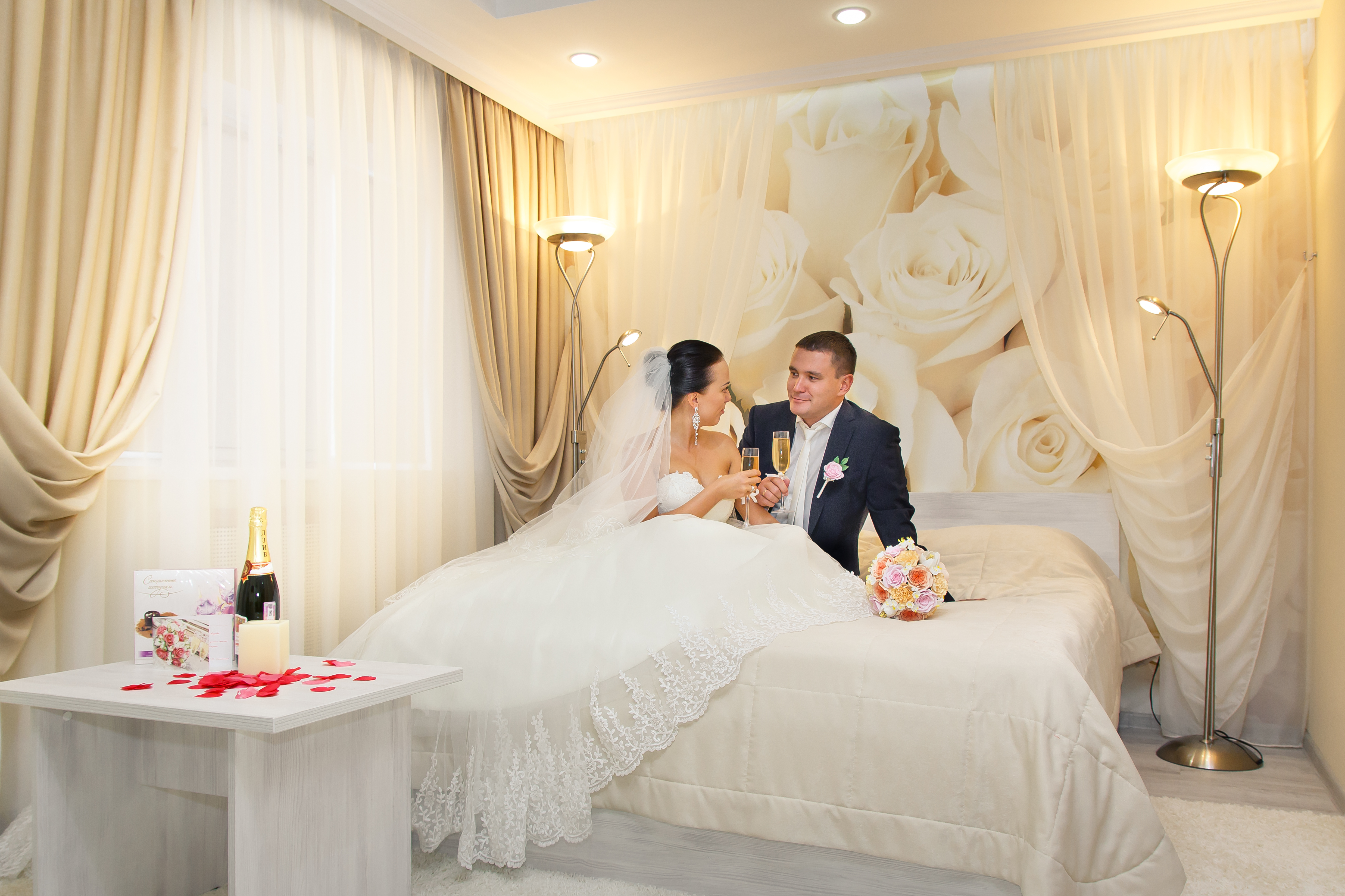 несколько рекомендаций, свадебная фото в спальне плитка геометрическим рисунком